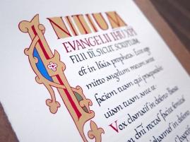 Évangile selon saint Marc, Chap. 1. Écriture carolingienne du IXe siècle. Enluminure ottonienne.